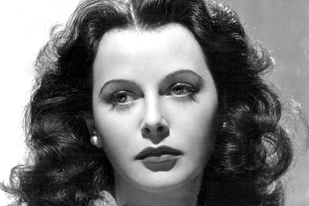 1024px-Hedy_Lamarr-publicity